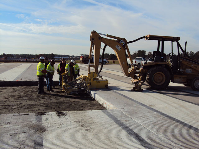 Peachtree DeKalb Airport Runway Repair