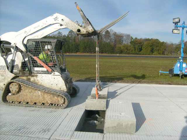 Peachtree DeKalb Airport Runway Repair